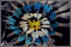 Los Medios de Comunicación en la Educación: 20 de Junio: Banderas en tu corazón Flag Art, Argentina Travel, Countries Of The World, Body Painting, Art For Kids, Garden Club, Blog, Colonial, Travelling
