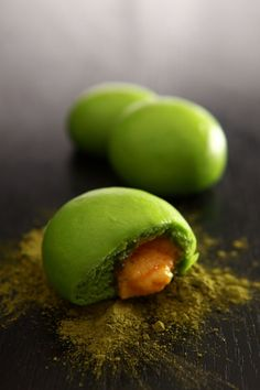 Steamed Matcha Custard Bun. One bite into this Matcha bun, and a delicate, creamy custard will flow right out! #matcha #snack #bun