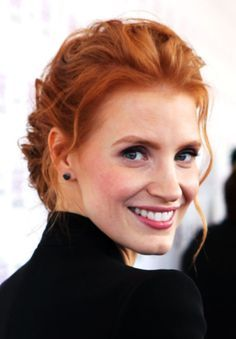 Jessica Chastain. Wow... naturally-red hair... I'm jealous ...