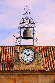 Clock Hourglass Time:  #Clock, Soria, Spain.