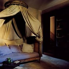 French bedroom - love the canopy