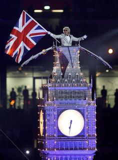 A performer takes part in the closing ceremony of the London 2012 Olympic Games at the Olympic Stadium August 12, 2012. REUTERS/Sergio Moraes