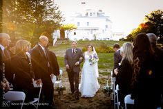 A Haley Mansion wedding at the Inn at Mystic, CT. Image by Connecticut wedding photographer Kevin Kelley www.kphotok.com