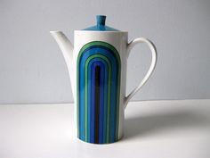 Vintage coffee pot 60s mod by LookBackVintage on Etsy, $24.00