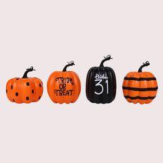 Holidays Halloween, Spooky Halloween, Halloween Pumpkins, Halloween Crafts, Happy Halloween, Halloween Ideas, Halloween Party, Dollar Tree Halloween, Halloween Labels