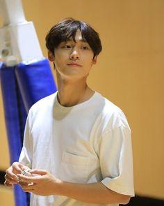 Lee Hyun, Lee Jong Suk, Beautiful Boys, Pretty Boys, Ahn Hyo Seop, Korean Drama Best, Korea Boy, Woo Young, Kdrama Actors