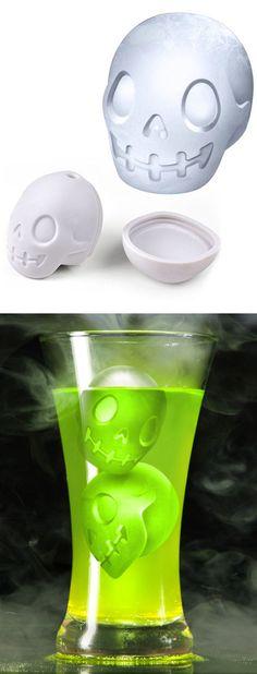 Skull Ice Cube Mold // #halloween #fun