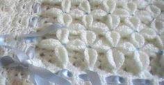 lo spazio di lilla: Copertina crochet per neonato con i fiori a rilievo / Crochet baby blanket with relief flowers