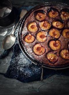 What Katie Ate: Chocolate Frangipane Plum Tart What Katie Ate, Plum Tart, Frangipane Tart, Cuisine Diverse, Thanksgiving Desserts, Sweet Tarts, Health Desserts, Love Food, Sweet Recipes