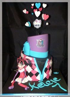 Monster High!  Cake by Heavenly Angel Cakes