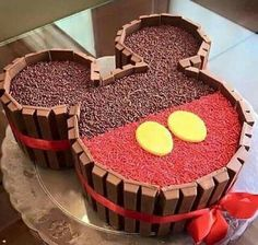 Bizcocho de Chocolate y Kit Kat de Mickey Mouse