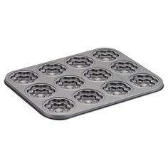 Flower-shaped cookies from this Cake Boss Novelty 12 Cup Nonstick Flower Molded Cookie Pan will be the hit of any party. This molded cookie pan lets. Pasteles Cake Boss, Buy Cake, Nordic Ware, Flower Cookies, Pot Lids, No Bake Treats, Tea Cakes, How To Make Cookies, Bakeware