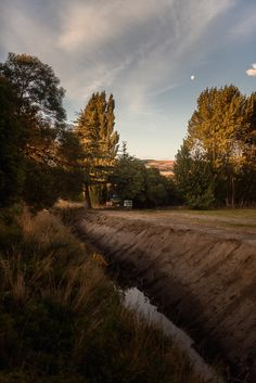 The back of the venue just after sunset | Cossars Wineshed wedding venue, Canterbury, New Zealand