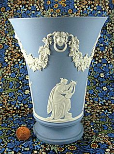 Wedgwood Blue Jasperware Tall Vase 4 Muses Lion Head Masks 1970s (Image1)