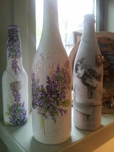 Bottles and Napkins.....beautiful.