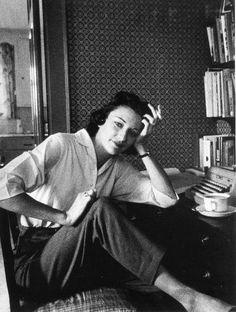 Poet Anne Sexton. Killing it.