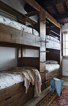 Rustic Italian Home – La Bella Vita Bunk Bed Rooms, Bunk Beds Built In, Wood Bunk Beds, Bedrooms, Rustic Italian, Luxury Duvet Covers, Rustic Room, Cabin Homes, House Design