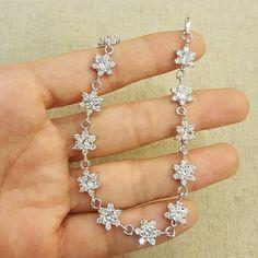Gelang  IDR.115k GROSIR-ECER-DROPSHIP Gold plated 18k Tidak(alergi/luntur/karat) Bbm -> 54e6b3bb Wa--> 085759845766 Line -> chelycollectiqu TRIMS.TIDAK COMENT DI GAMBAR  #xuping #goldplated #diamondluxury #bridalshower #bridalwedding #bridalmakeup #gift #surprice #diamonds #kadocantik #kadomurahmeriah #hadiahunikbuatwisuda #grosirtas  #grosiraksesoris  #grosiraksesoris  #grosirtasmurah #lucu #unik #emas #jne #posindonesia #aksesoris #gelang  #cincin #anting  #kalung #valentine #kadovalentine…
