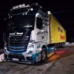 Germany - 2020 Mercedes- Benz Actros, Arocs Recalled For Injuries Risks (Alert no: - Recalled Autos New Trucks, Cool Trucks, Mercedes Benz Trucks, Techno, Mp5, Germany, Heavy Equipment, Night, Trailers