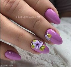 250 design : An exquisite collection of nail designs
