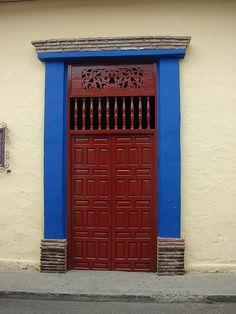 SANTA FE DE ANTIOQUIA Entrance Doors, Doorway, Garage Doors, Door Knockers, Door Knobs, Building A Door, When One Door Closes, Santa Fe Style, Brown Doors