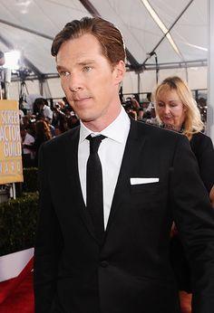 Benedict Cumberbatch at the SAG Awards. Isn't he a cutie???