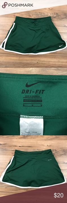Nike Tennis Skirt Size M Great colorway Green and white Excellent Condition Size M. Nike dri fit Nike Skirts