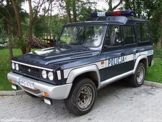 Aro, fotó: Gzozzo pictures Offroad, Police, Cars, Vehicles, Pictures, Autos, Photos, Off Road, Rolling Stock