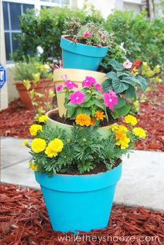 DIY Tilted Pot Planter for Spring using Miracle-Gro