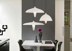 Drie verschillende modellen, maar allen graag gezien! De Aron #hanglampen zijn super leuk te combineren voor een groots effect! Check snel op www.dockdesignshop.nl
