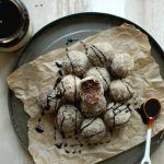 Make Friends With Molasses – 5 Health Benefits And Gingerbread Balls