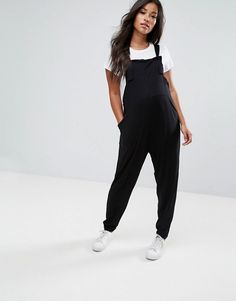 Shop ASOS Maternity Dungaree Jumpsuit In Jersey. With a variety of delivery, payment and return options available, shopping with ASOS is easy and secure. Shop with ASOS today. Asos Maternity, Maternity Dungarees, Cute Maternity Outfits, Pregnancy Outfits, Pregnancy Tips, Maternity Fashion, Looks Jeans, Facon, Crochet Baby Dresses