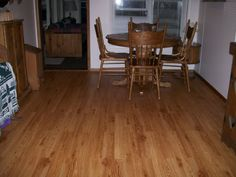 porcelain flooring that looks like wood   Ceramic Tile That Looks like Wood With Dining Room