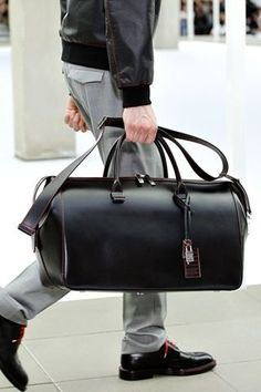 Leather gets better with age. Dior Homme Spring 2013 Men's Fashion Valentino - Men Fashion Spring Summer 2013 - Shows - Vogue. Well Dressed Men, Duffel Bag, Weekender, Mode Style, My Bags, Bags For Men, Bag Men, Luggage Bags, Rimowa Luggage