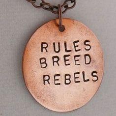 reglas reproducen rebeldes