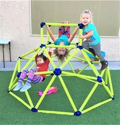 We recently covered the concept that children need to exert maximum effort on a daily basis. So how do we empower them to do that? Montessori Activities, Toddler Activities, Montessori Toddler, Science Activities, Preschool Ideas, Indoor Climbing Gym, Toddler Climbing Toys, Toddler Gym, Kids Gym