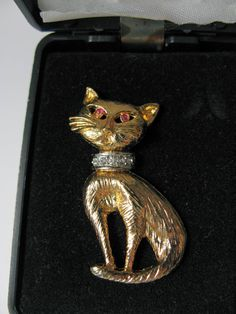 Cat Jewelry  Cat Brooch  Kitty Pin Vintage in by greenleafvintage1, $16.99