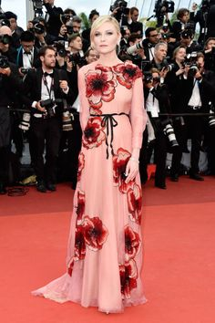 Cannes Film Festival 2016 // Kirsten Dunst in Gucci