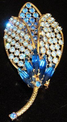 Hobe Beautiful Blue Rhinestone Flower Vintage Pin | eBay