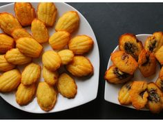 Madeleines faciles : Recette de Madeleines faciles - Marmiton New Recipes, Cooking Recipes, Favorite Recipes, French Bakery, Muffin, Cupcakes, Sweet And Salty, No Bake Cake, Cooking Time