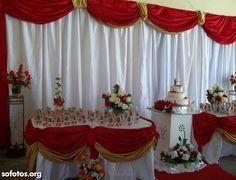 Decoração casamento vermelho, branco e dourado