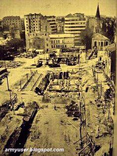 "Viitorul complex ""Sala a Palatului"" - (Model Le Corbusier, Marseille) Bucharest Romania, My Town, Le Corbusier, Time Travel, Paris Skyline, Memories, Cartier, Dan, Times"