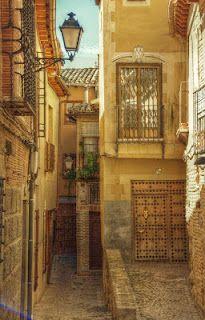 Calles y callejones de Toledo.