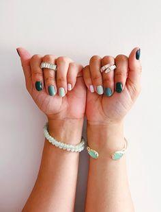 Summer Nail Polish - The Blondissima Summer Nail Polish, Dry Nail Polish, Spring Nails, Summer Nails, Pale Pink Nails, Neon Green Nails, Yellow Nails, Nail Color Trends, Nail Colors