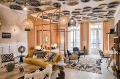 Casa Decor abre de nuevo sus puertas al público Beach House, Tours, Ceiling Lights, Lighting, Instagram, Home Decor, Tumblr, Iphone, Natural
