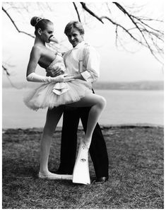 Mikhail Baryshnikov and a 17-year-old Uma Thurmna, photographed by Arthur Elgort 1987