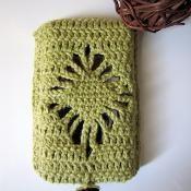 Mobile Phone Case with Diamond Pattern - via @Craftsy crochet pattern