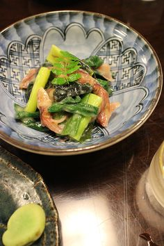 firefly squid & asparagus dressed with vinegar and miso Vinegar, Asparagus, Green Beans, Dinner, Vegetables, Breakfast, Food, Dining, Morning Coffee