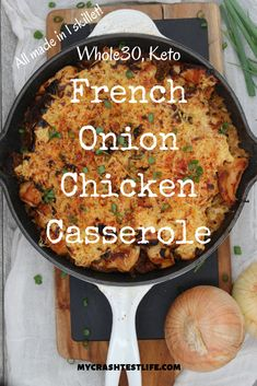 you love French Onion Soup as much as I do, then this quick, easy, and keto recipe is for you. Simply using one oven-safe skillet, you can create a French Onion Chicken casserole in minutes. Cast Iron Skillet Cooking, Iron Skillet Recipes, Cast Iron Recipes, Chicken Cast Iron Skillet, Cast Iron Chicken Recipes, Onion Soup Recipes, Onion Soup Mix Recipe Chicken, Pureed Recipes, Milk Recipes