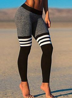 The ribbed foot leegings are made from breathable and comfortable fabric, They fit for yoga, running, gym, workout and so on. Details: - Sports Leggings - Color Block - Skinny Fit - Hand wash cold - P